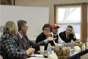 Chancellor Blank and Dean Vanderbosh meeting Growers and Industry Nov 19, 2013